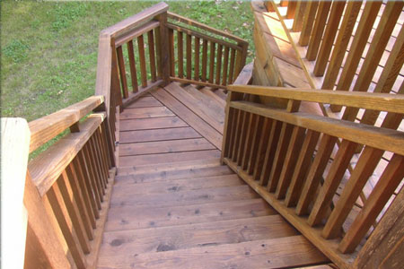 Wood Siding & Deck Staining